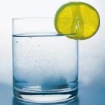 Voda s limonom natoshhak